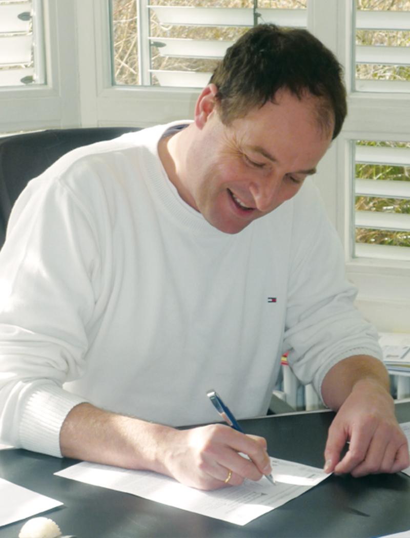 Dr. med. Matthias Schürholz